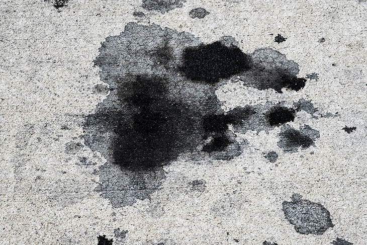 Tips For Removing Inappropriate Stains In Your Driveway