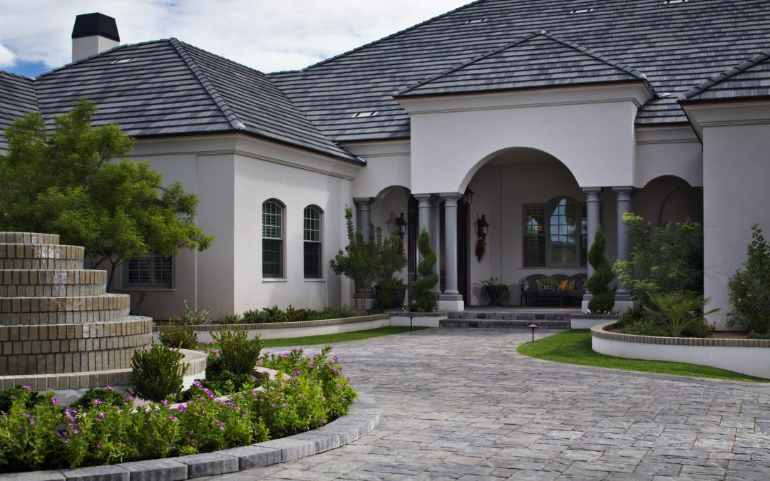 Pavers vs Concrete: Comparing the Costs and Benefits