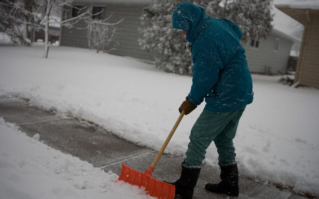 Guide On Removing Snow From Driveway