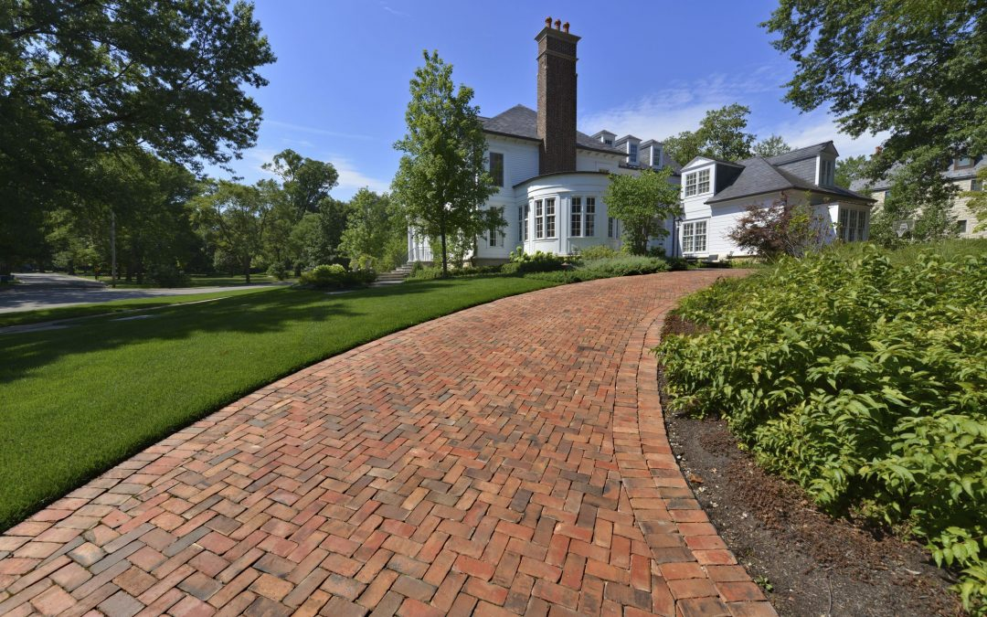 Pros and Cons Of Using Brick In Your Driveway